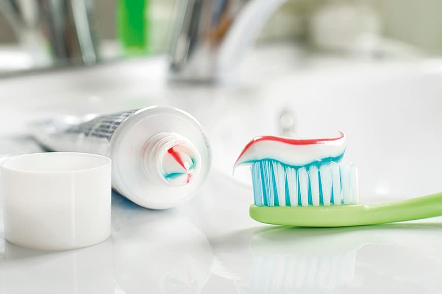 TOOTHPASTE & AYURVEDA